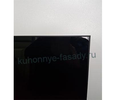 Алюминиевая рамка чёрного цвета с чёрным стеклом