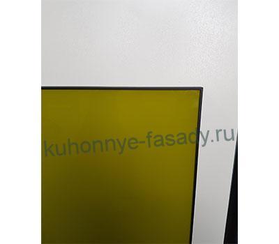 Алюминиевая рамка чёрного цвета со стеклом фисташка