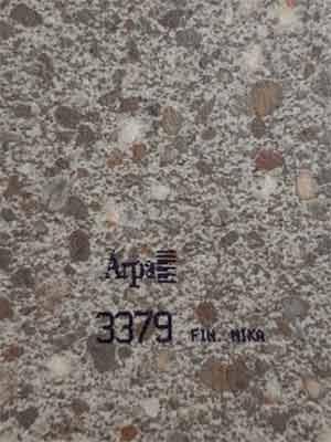 3379-fin-mika